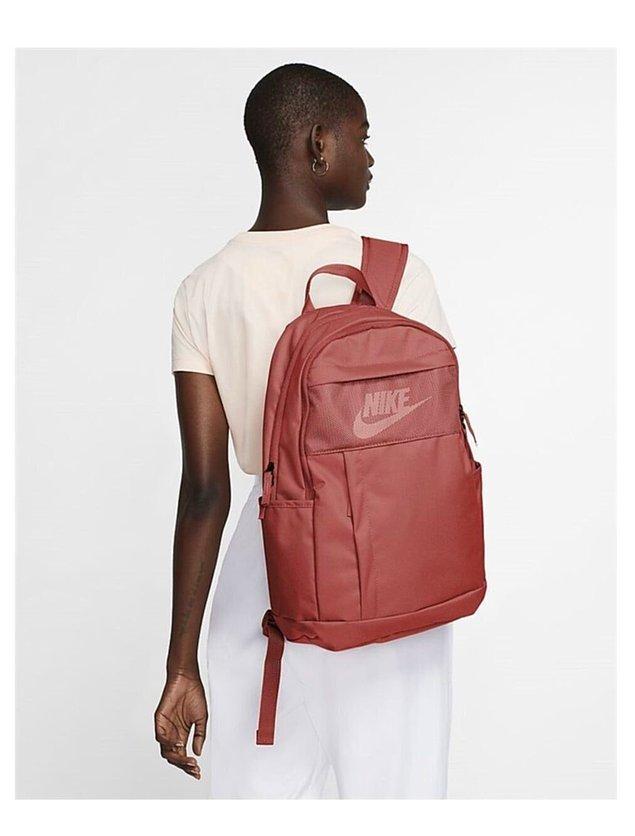 11. Yolculuklarınızın olmazsa olmaz çantası.