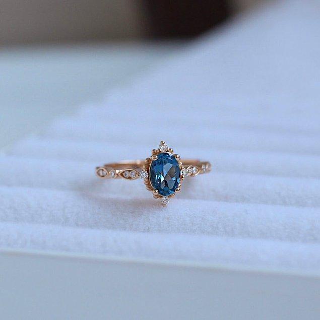 5. Bu yüzüğün her bir detayına aşık olmamak elde değil!
