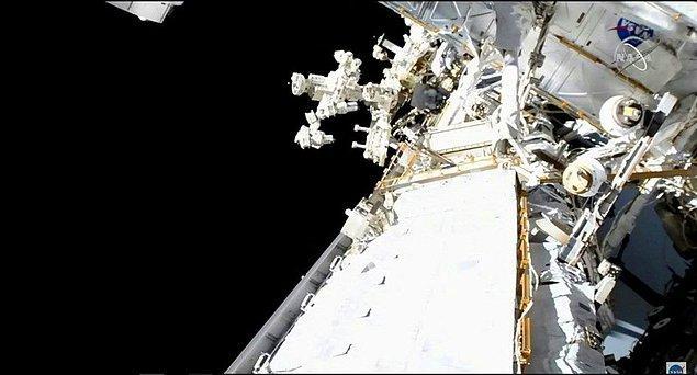Bu görev astronot Shane Kimbrough ve Thomas Pesquet'in birlikte yaptıkları dördüncü uzay yürüyüşüydü.