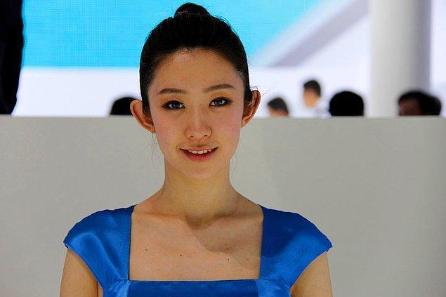 Pek çok insanın bildiği üzere Asya ülkelerinde kepçe kulak bir güzellik sembolü sayılıyor.