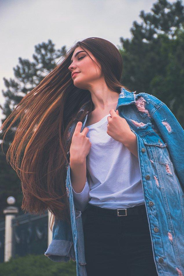 7. Pırasa gibi saçları olan kadınlar da bukleli saçları olan kadınlar kadar şanslı.