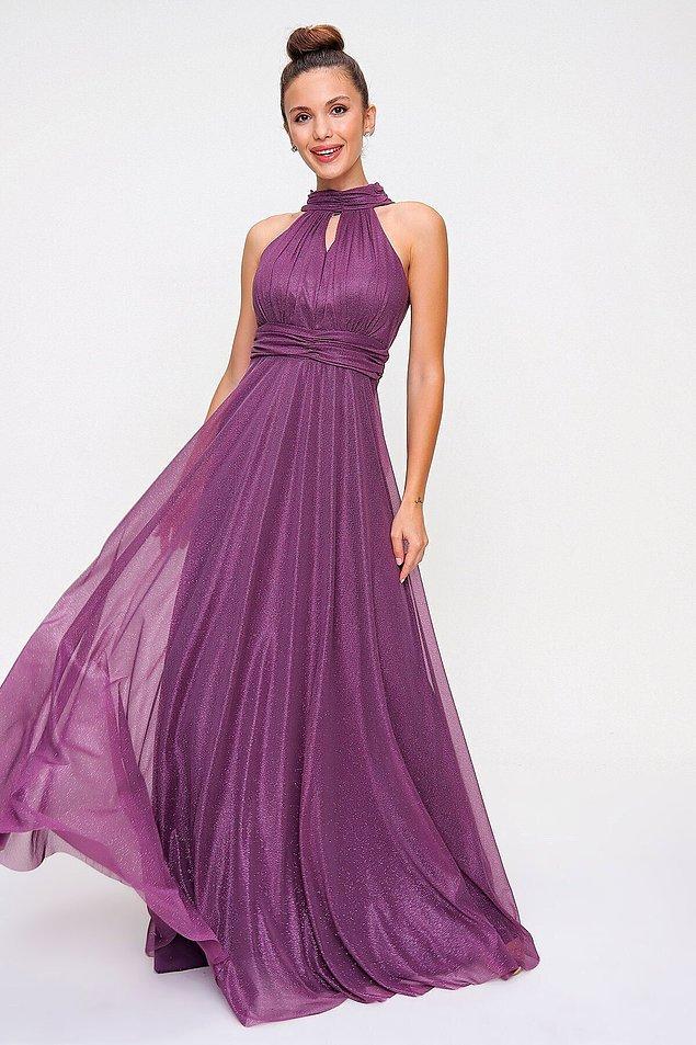 5. Yakası bağlama detaylı, simli gece elbisesi de mor renkten hoşlananlar için gelsin...