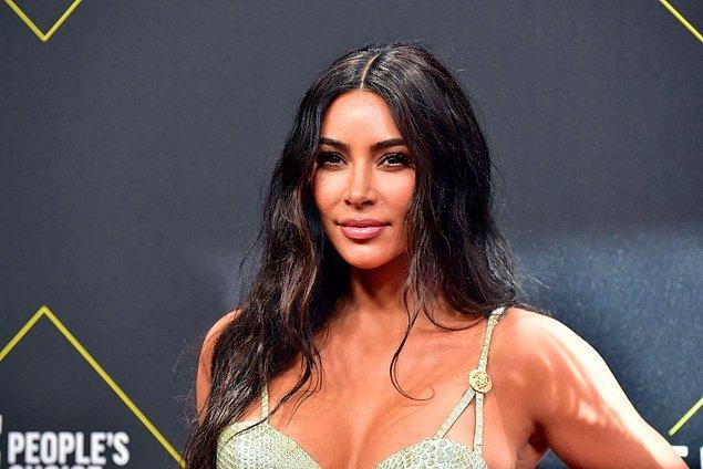 9. Her sektöre el atan Kim Kardashian, müzikten geri kalamazdı tabii ki.