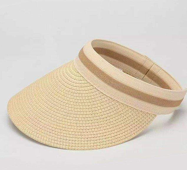 11. Tabii bir de başınıza güneş geçmesin diye alacağınız bir şapka gerekiyor.