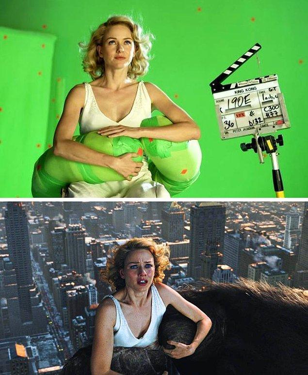 11. King Kong ve Naomi Watts'ın el ele tutuşması gerçek hayatta böyle görünüyor.
