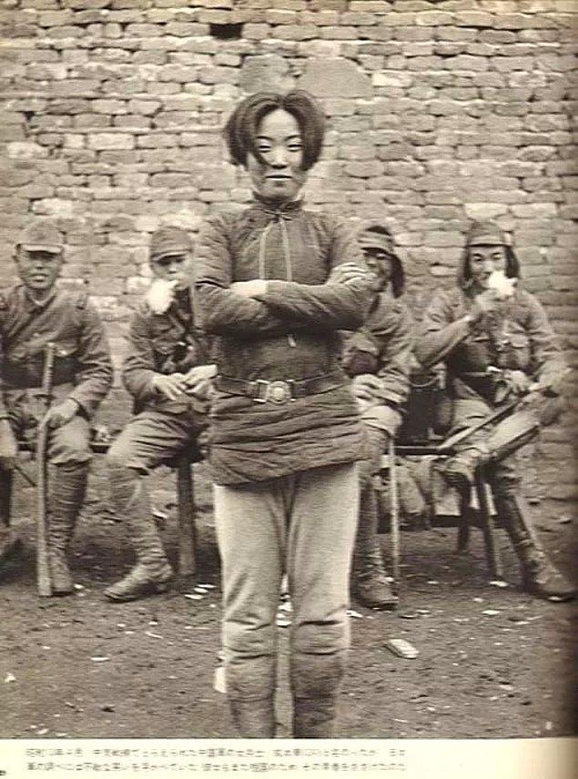 7. 1938'de Japonya işgaliyle sarsılan Çin topraklarında bulunan Hexian ilçesinde yaşayan köylüler karşı koymaya karar veriyor fakat tutuklanıyorlar.