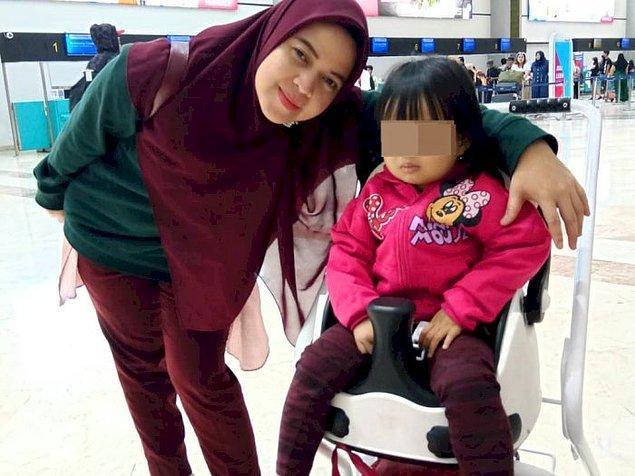 14. Endonezya'da Ocak ayında gerçekleşen uçak kazasının hemen öncesinde havaalanından son fotoğraflarını paylaşan anne ve kızı: