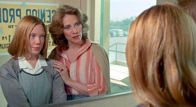 10. Carrie (1976)