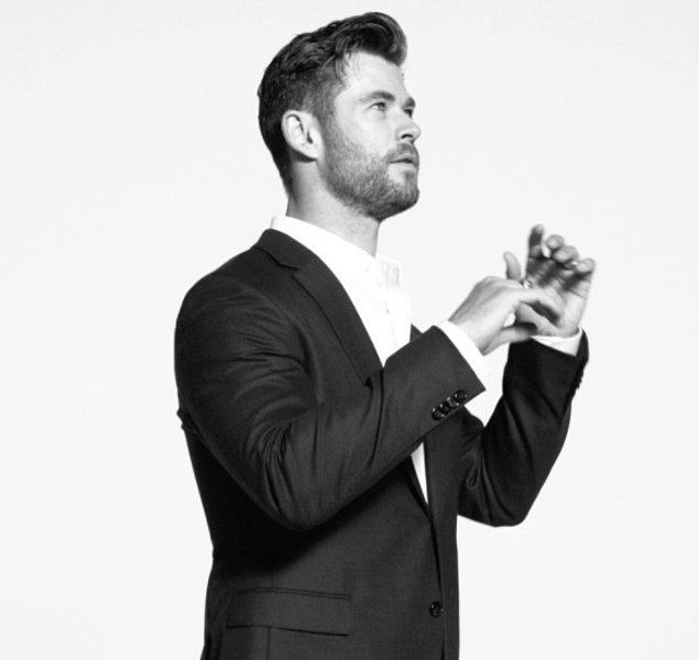 1. Ve zirvede Christopher Hemsworth var!