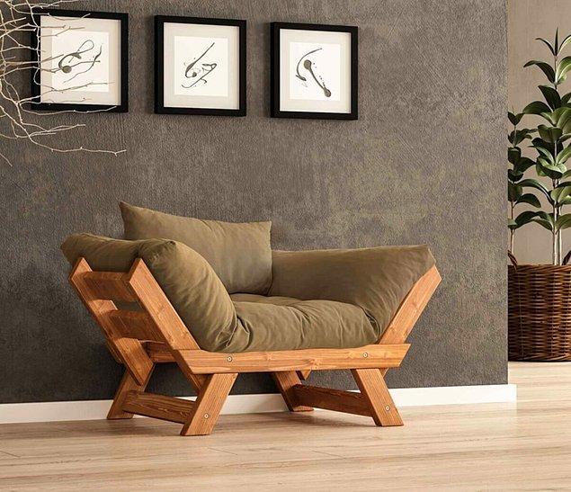 Masif ahşap, tüm mobilyalarda olduğu gibi berjerde de çok hoş görünüyor.