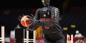Робот-баскетболист, который забивает идеальный трехочковый, приковал внимание зрителей на Олимпийских играх в Токио