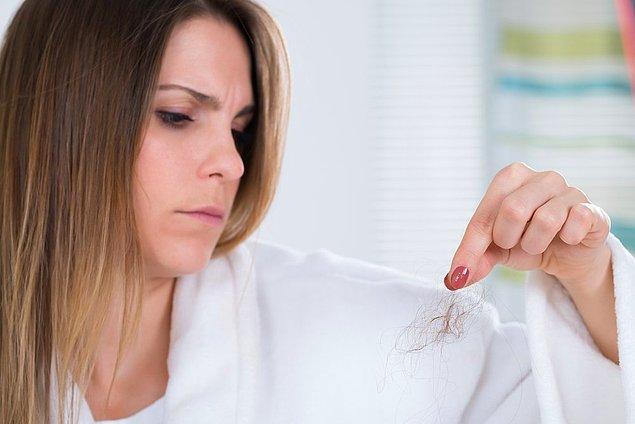 18. Üstünden saçlarını toplamak