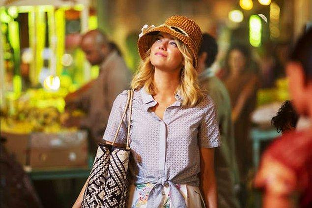 """2. Emma Stone """"Aloha"""" filminde oynadığı Allison karakteri tartışmaların odağı olmuştu."""