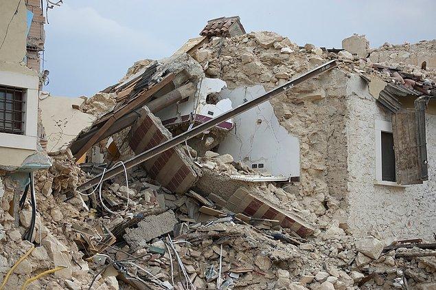 5. Tangşan Depremi- Çin- 1976
