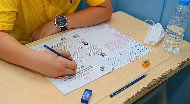 Birçok öğrencinin ter döktüğü sınavın sonuçları gün içinde açıklandı.