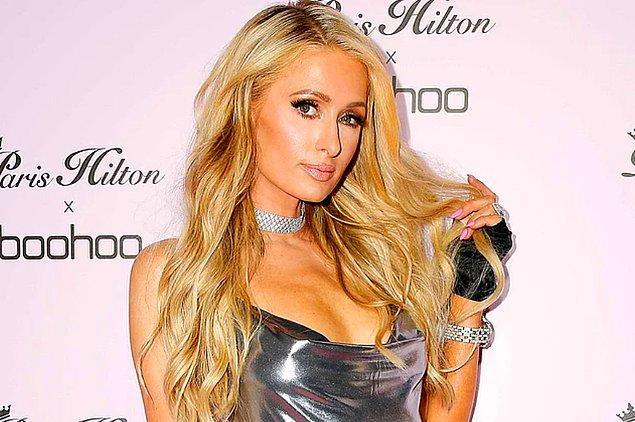 10. Paris Hilton, yaşadığı malikanenin aynısı olarak modellenen 325.000 dolarlık bir köpek kulübesi yaptırdı.