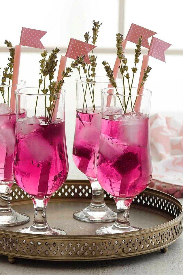 12. Misafirlerinize kendi yaptığınız içecekleri bu bardaklarda servis edin.