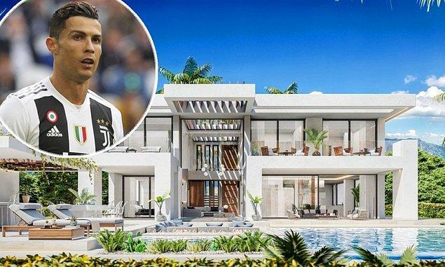 9. Cristiano Ronaldo