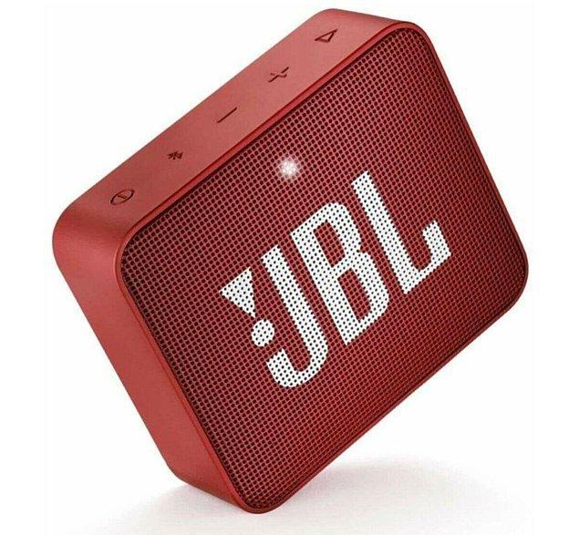 6. JBL hoparlörlerini herkes severek kullanıyor.