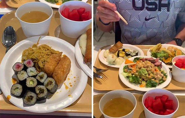Cody'nin gösterdiği bir sonraki şey yemek salonu. İki katlı olan bu yemek salonunda makarnalardan pizzalara, Japon mutfağına kadar çeşitli yiyecekler sunuluyor.