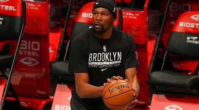 1. Ünlü basketbolcu Kevin Durant, milli gururlarımızdan Zehra Güneş'i sosyal medya hesabından takip etmeye başladı!