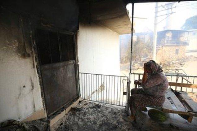 13. Kanser tedavisi için biriktirdiği paranın yangında eviyle birlikte kül olmasına şahit olduğumuz Cemile teyzemiz,
