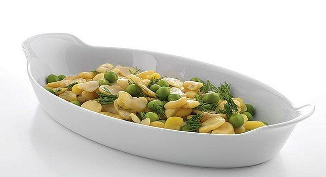 2. Fırında daha hafif ve lezzetli yemekler pişirmek isterseniz bir fırın kabı şart.