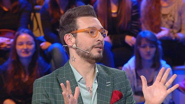 """İtalyan şefimiz Danilo'nun televizyondaki kariyeri ise Zahide Yetiş'in programına katılmasıyla başladı. Zanna, """"İtalyan Şef"""" başlığıyla ve lezzetli tarifleriyle dikkatleri üzerine hızlıca çekti."""