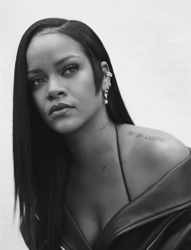 Rihanna'nın sadece kendi ülkesinde değil tüm dünyada ne kadar sevilen bir isim olduğunu hepimiz biliyoruz. Sesi, duruşu, güzelliği ile gören herkesi büyülüyor desek yeridir.