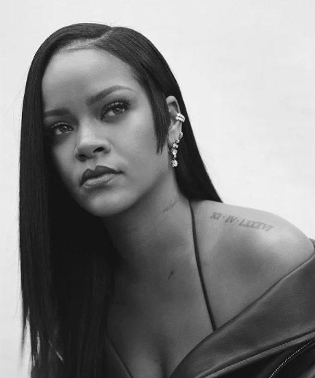 1. Rihanna dünyanın en zengin kadını olarak Forbes listesine girdi!