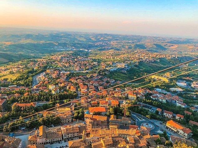 3. San Marino, yüz ölçümü oldukça küçük olan başka bir ülke...