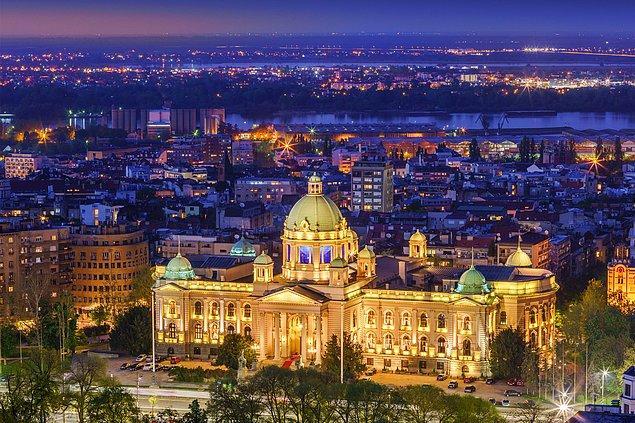 3. Sırbistan - 44,4 saat