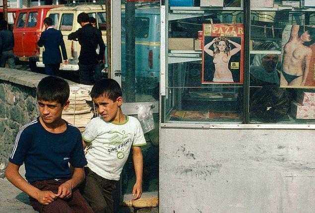 19. Gazete ve dergi kulübesi, Diyarbakır, 1979.