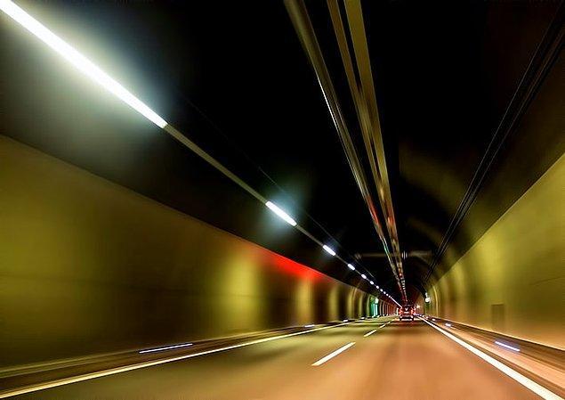 19. İsviçre'de bulunan Gotthard tüneli dünyanın en uzun tünelidir.