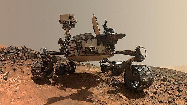 2. Mars'ta bulunan Curiosity keşif aracı her yıl kendi kendine doğum günü şarkısı söyler.