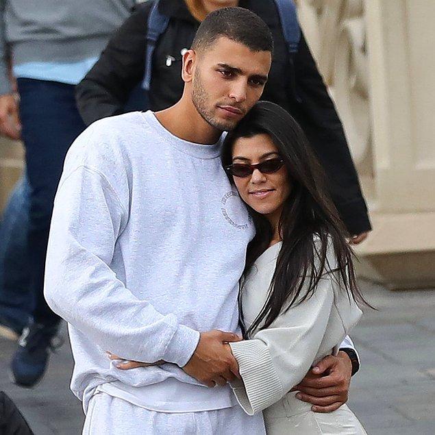 Scott Disick bu aşk pozlarından rahatsız olduğunu dile getirirken, konuya Kardashian'ın eski sevgilisi Younes Bendjima'yı da dahil etmek istedi.