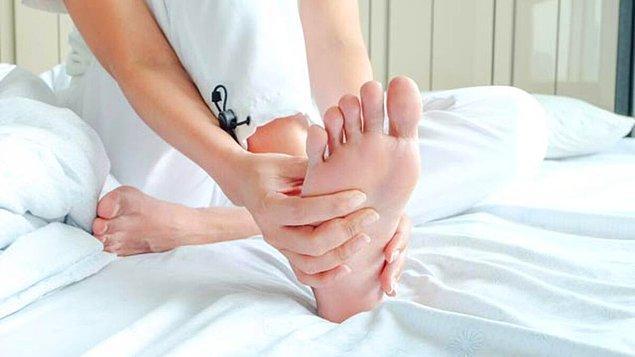 2. Ayak parmaklarına masaj