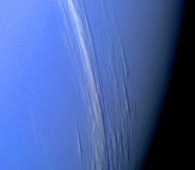 Neptün (Ay boyunca Boğa takımyıldızında)