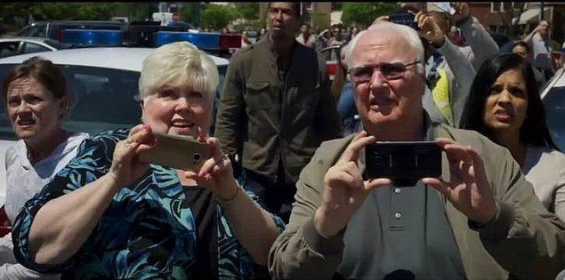 1. Yönetmen James Gunn'ın anne ve babası 'Guardians of the Galaxy' serisinin ikinci filminde bir sahnede oynadılar.
