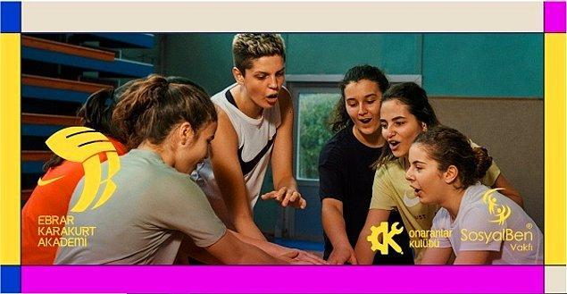 Ebrar'ın ''hayalim'' dediği Ebrar Karakurt Akademi, Nike ve Sosyal Ben Vakfı'nın katkılarıyla hizmet veriyor.