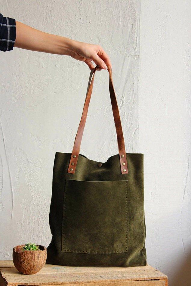 3. Bu haki renk süet çanta gerçekten çok şık.