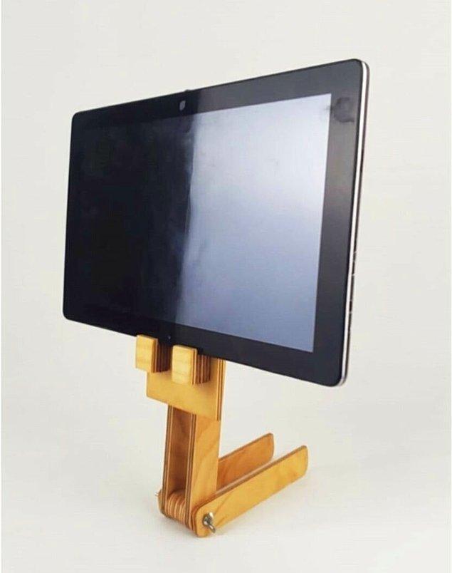 7. Ve tabii ki cep telefonları ve tabletler için standlar da var.