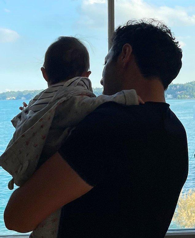 Mert Fırat'a da baba olmak nasıl yakışmış ama değil mi!
