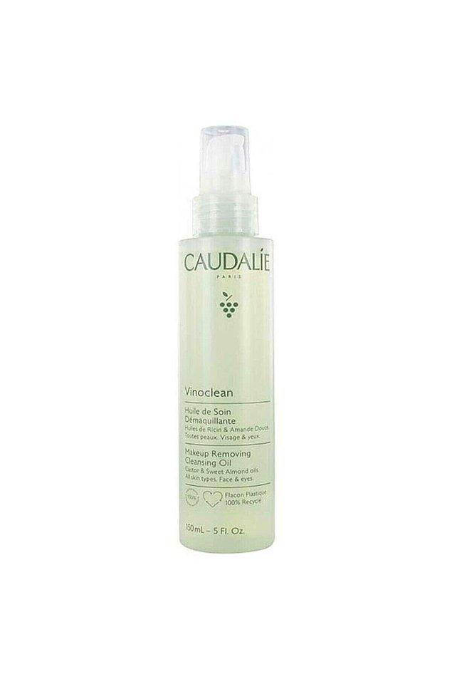 14. Caudalie makyaj temizleme yağı, %100 doğal türevli besleyici bitkisel yağların birleşiminden oluşur.