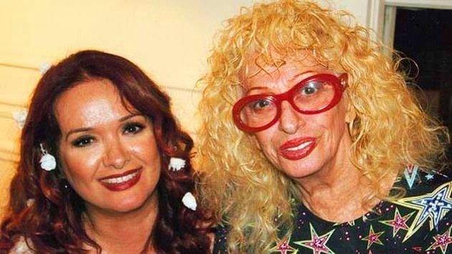 10. Yeşilçam'ın unutulmaz anne-kız ikilisi Aysel Gürel ve Müjde Ar ise 'Öyle Olsun' filmi için kamera karşısına geçmişlerdi.