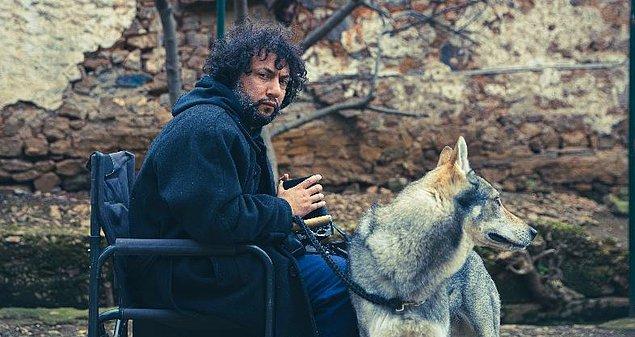 Dizinin yazar ve yönetmeni Kaan Müjdeci'yi ödüllere doymayan Sivas filmiyle tanıyoruz.