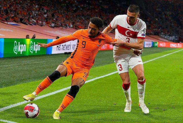 A Milli Futbol Takımımız, 2022 FIFA Dünya Kupası Avrupa Elemeleri G Grubu 6. maçında Hollanda karşısında dağıldı.