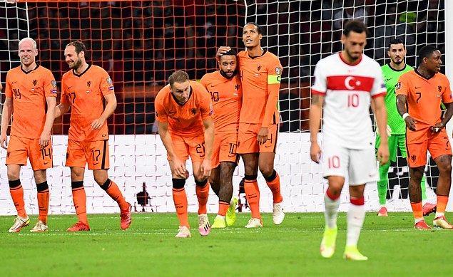 Ay-Yıldızlı ekibimiz, Hollanda karşısında sahadan 6-1 yenik ayrıldı.