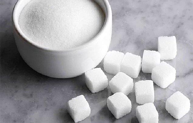 Şeker tüketimini azaltmalısınız.