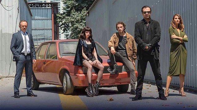 12. BluTV, Saygı'nın ikinci sezonunun 23 Eylül'de yayınlanacağını açıkladı.